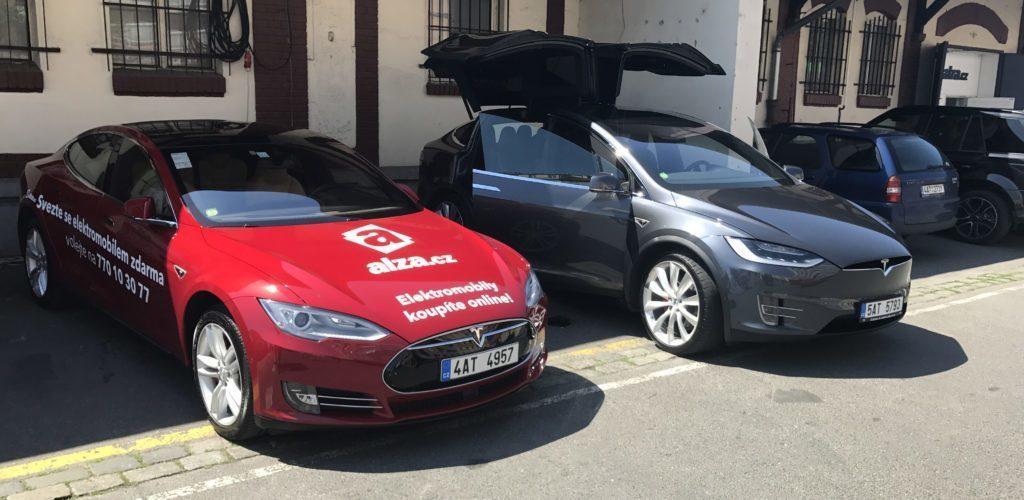 Alza Tesla Model S