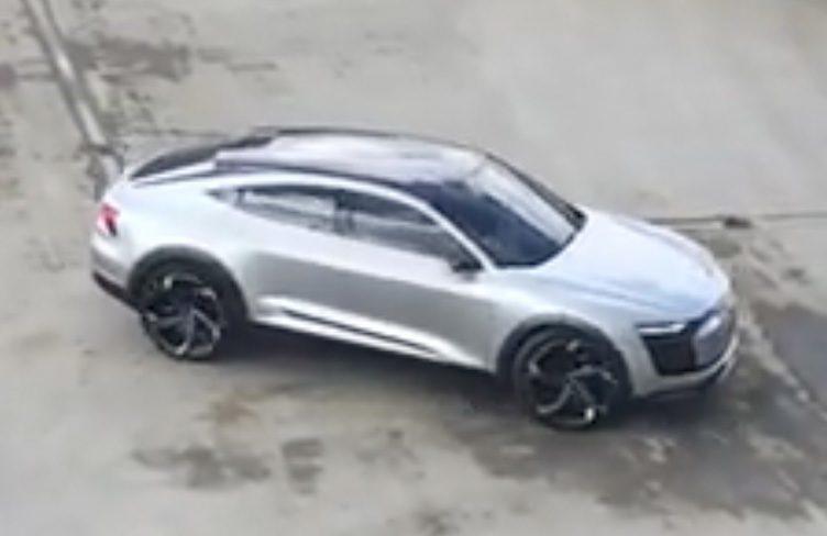 Koncept Audi e-Tron Sportback