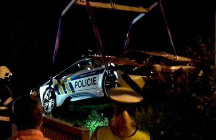 Máme první fotky policejního BMW i8, je na odpis?