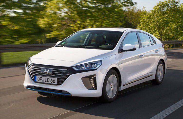 Hyundai Ioniq Plug-In Hybrid vstoupil na český trh