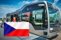 Samořiditelný Mercedes Future Bus je v Česku!
