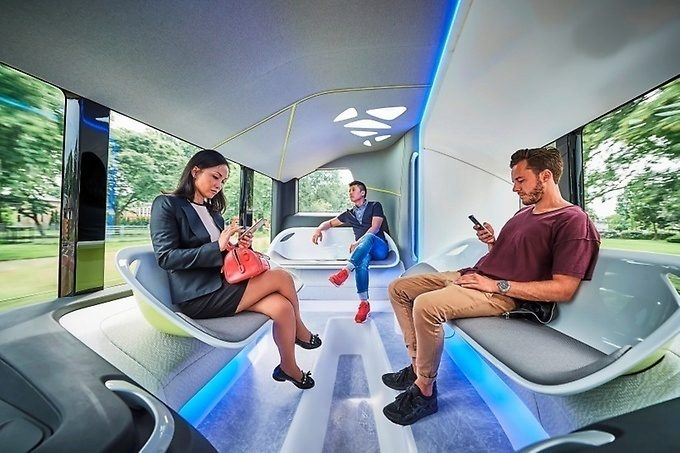 Mercedes Future Bus interiér