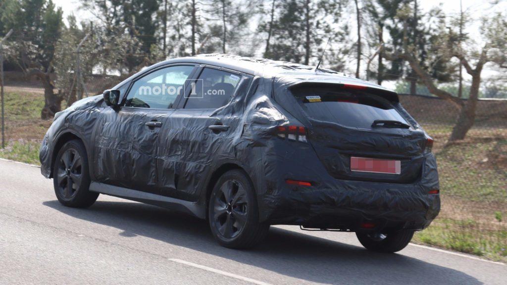 Nissan Leaf špionážní fotka