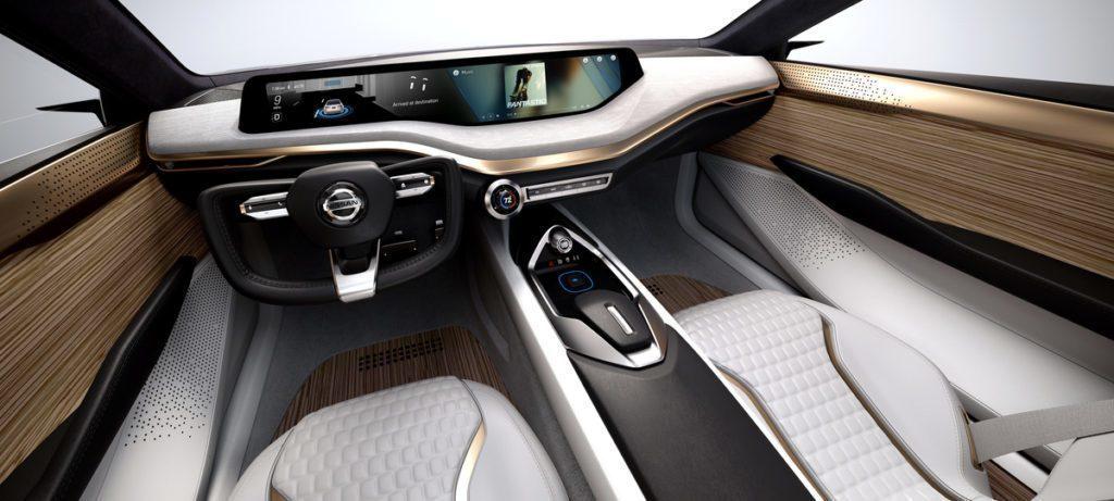 Nissan Vmotion 2.0 interiér