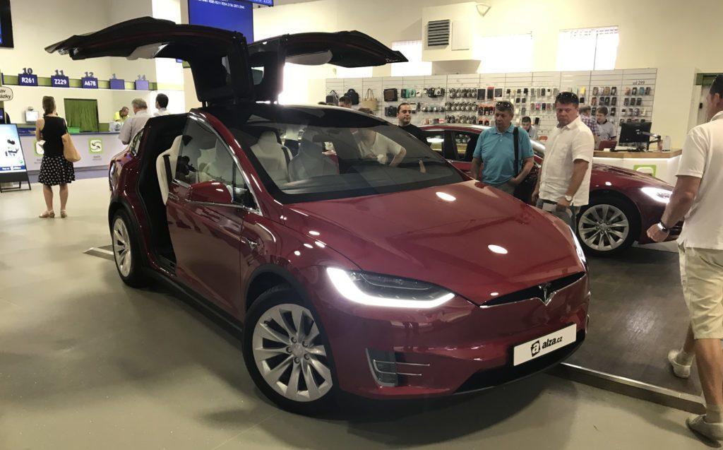Tesla Model X na prodej