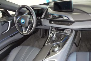 BMW i8 interiér 3