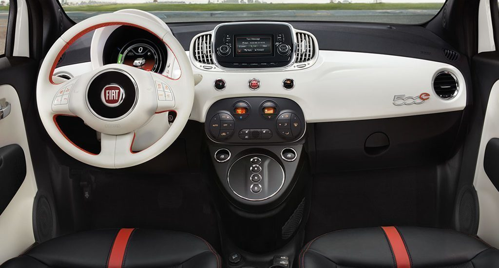 Fiat 500e interiér