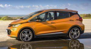 Opel Ampera-e z boku