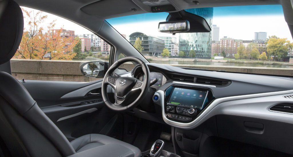 Opel Ampera-e interiér