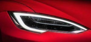 Světlo Tesly Model S